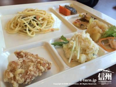 にこりこキッチンたべりこ|地元野菜使用のビュッフェレストラン|上伊那郡箕輪町